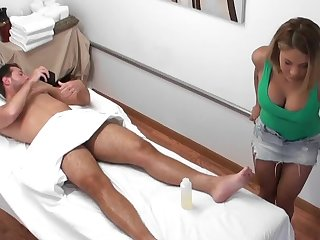 Masseuse is an orgasm conniver that pleasures his cock
