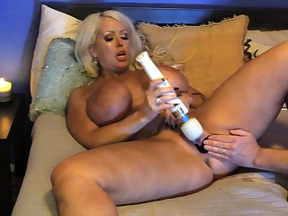 Fabulous scenes of mature porn with Alura Jenson