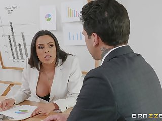 bossy little one Luna Star gets her pussy pounded relative to the office by a gay blade