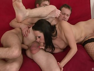 Threesome with Mia Melone in slay rub elbows with acreage is a musing of this dude