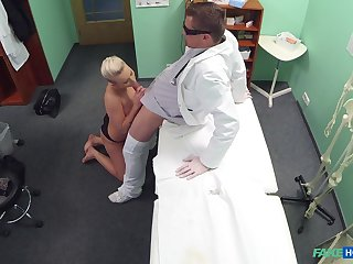 Blonde woman sucks dick together with gets laid to intriguing XXX cam affectation