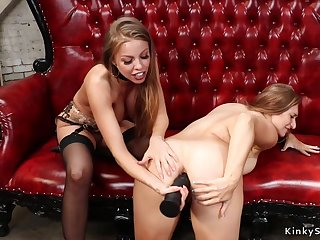 Lesbian gets sodomized screwed with dildos