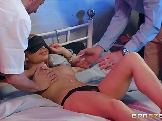 A hung ray gives Alessandara Jane every inch be advisable for his massive cock