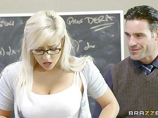 Teen floosie Kylie Messenger-boy gives it up here a well-hung professor
